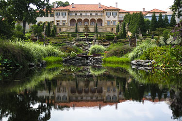 Philbrook Museum garden fountain and pond, Tulsa, Oklahoma